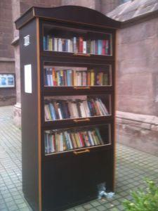 Bücherschrank in Einbeck